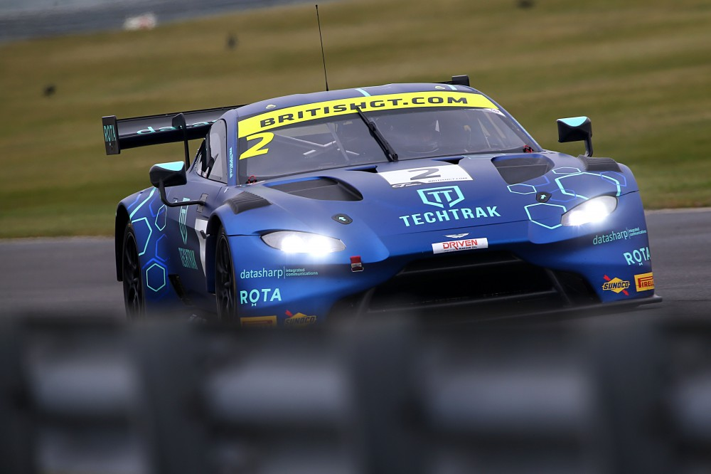 FP1: Thiim and Zamparelli make the early running at Snetterton