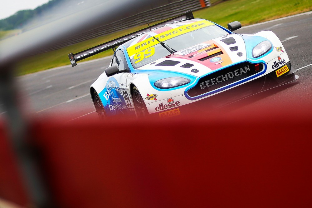 FP2: Turner and Nicoll-Jones help Aston top both classes at Snetterton