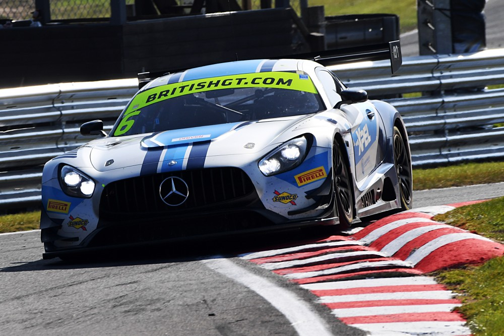 Loggie and Keen share Oulton Park poles as Multimatic makes perfect start in GT4