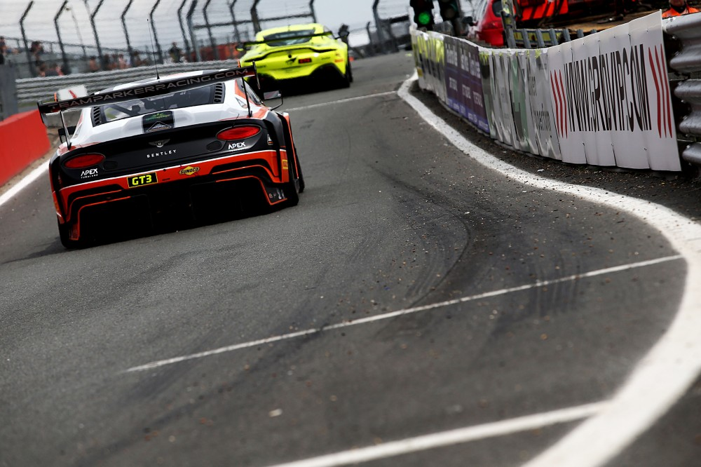 FP2: Geddie edges Keen for GT3 advantage, Canning hits the front in GT4
