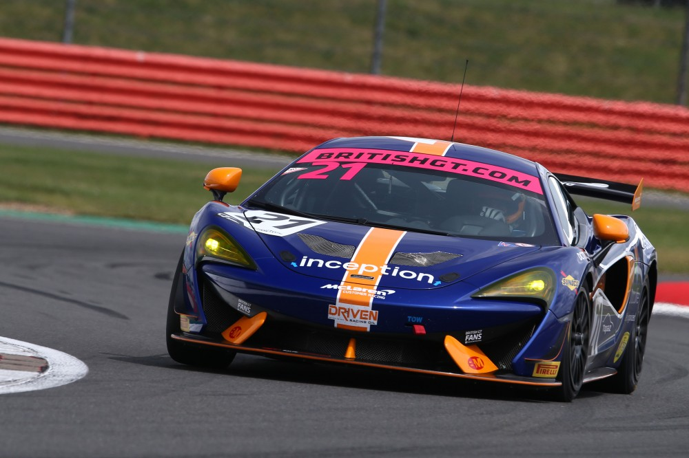 Balfe confirm Flewitt and Hankey in second full-season GT4 entry