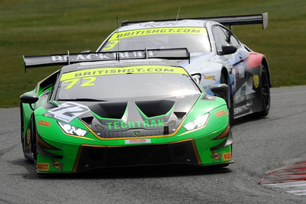 Balon/Keen and Williams/Fielding prevail in action-packed Snetterton opener