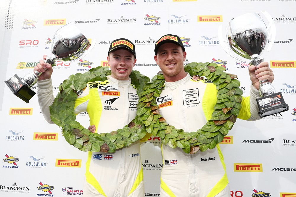 GT4: Steller take victory but it's Canning and Hand's title at #DoningtonDecider