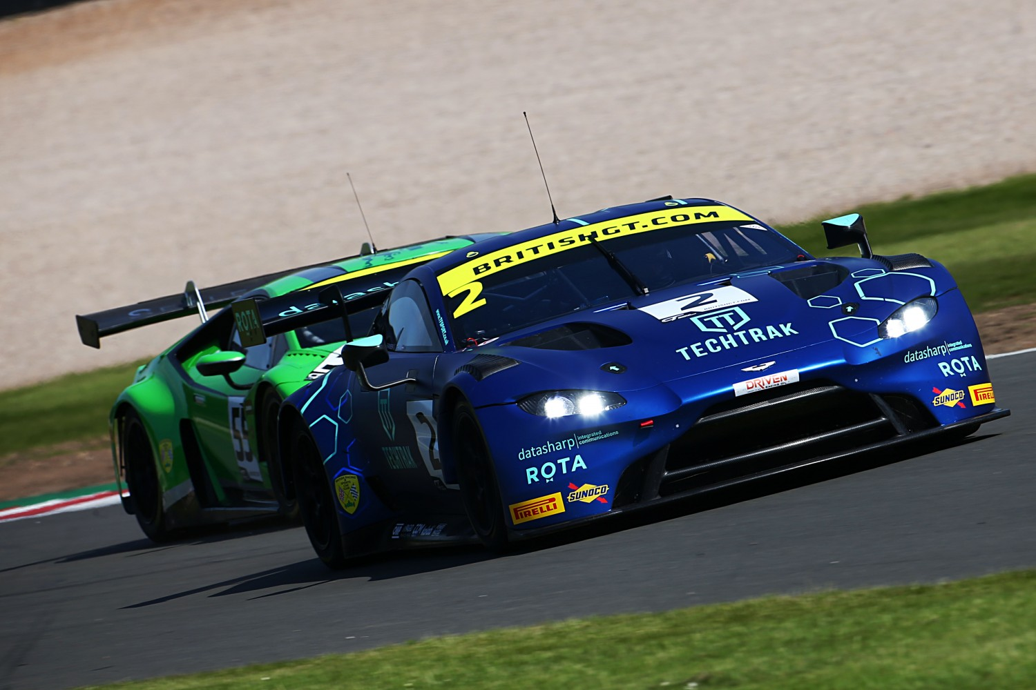 FP1: Thiim and Maxwell lead the way as British GT kicks off Donington Park weekend