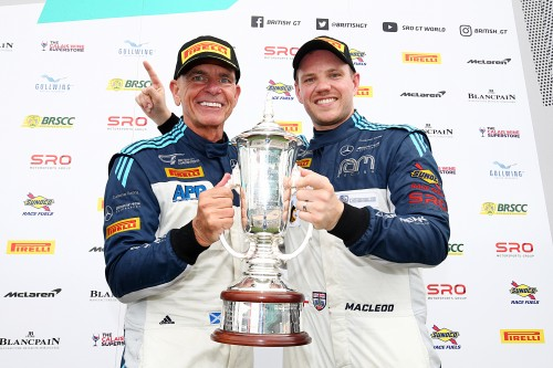 View article: Loggie/Macleod and Jones/Malvern clinch popular Silverstone 500 victories