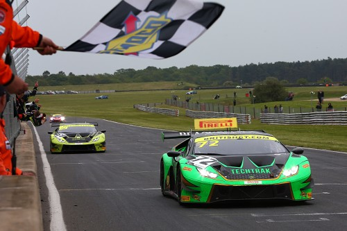 View article: Barwell's Balon and Keen double up at Snetterton while Team Parker's heartbreak hands Tolman GT4 victory
