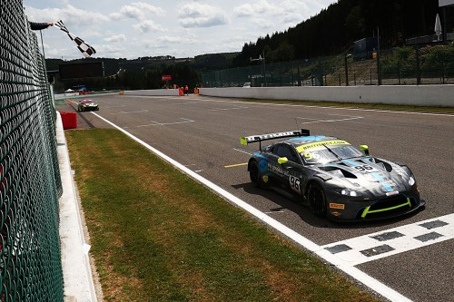 View article: Optimum's Wilkinson and Ellis win British GT's thrilling away day at Spa
