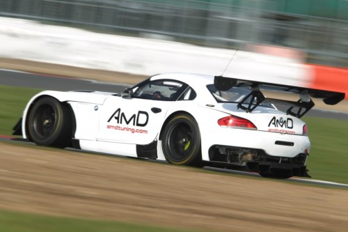 View article: Mowle now 'comfortable on Pirellis' after first test with AmDTuning.com BMW
