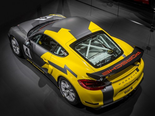 View article: Lanan Racing confirms Reed and Foster aboard Porsche Cayman GT4