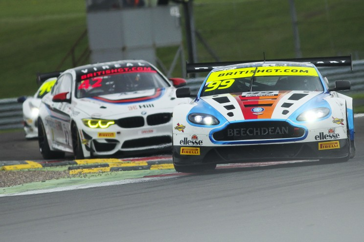 View article: FP2: Turner tops second practice as Mitchell leads the way in GT4