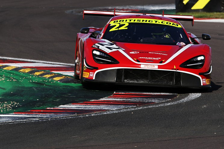 View article: Balfe's McLaren and Steller's Audi claim class poles for Donington Decider